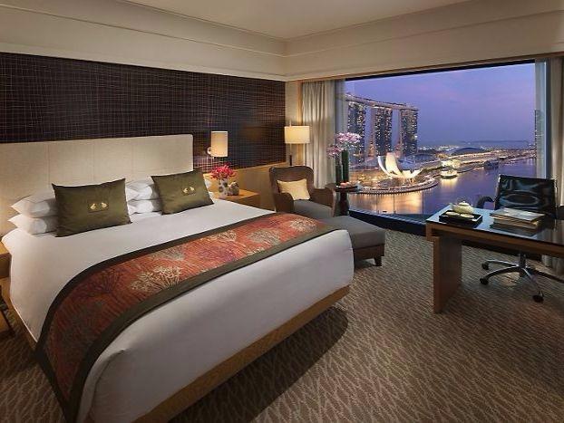 mandarin_oriental_marina_bay_view