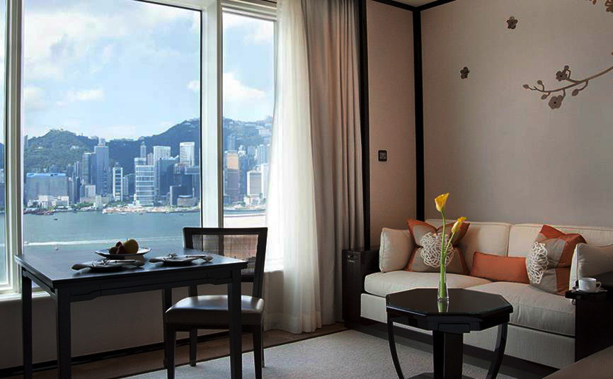 peninsula_HK_GrandDeluxe-harbour-view