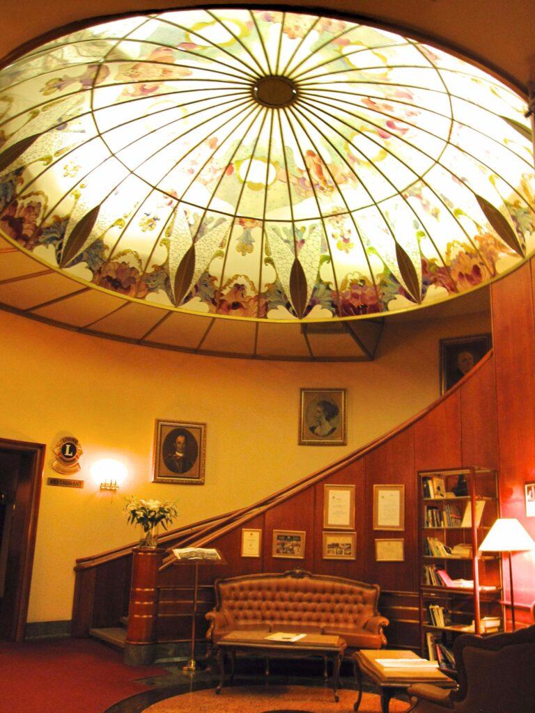 Lobby palace hotel