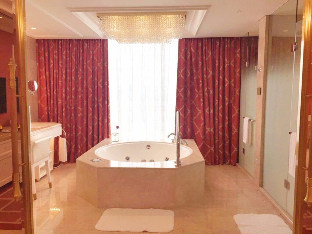 Okada Manila_bathroom